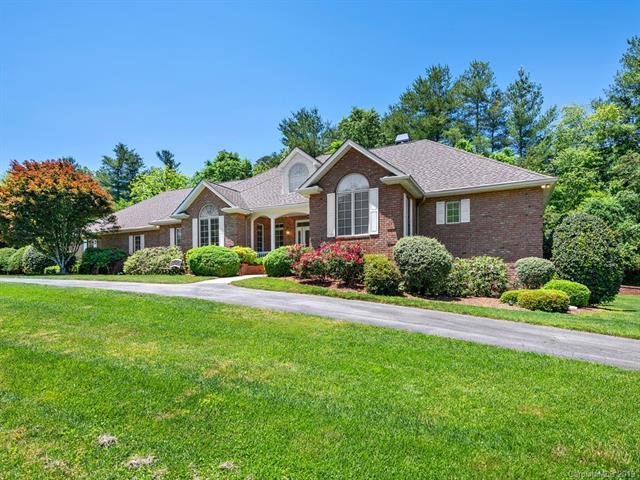12 Ashley Place, Hendersonville, NC 28739 (#3471623) :: Keller Williams Professionals