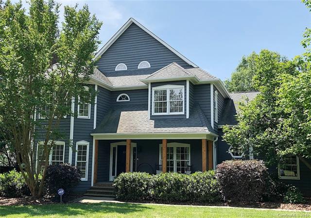 5745 Hillingdon Road, Charlotte, NC 28226 (#3508555) :: Besecker Homes Team