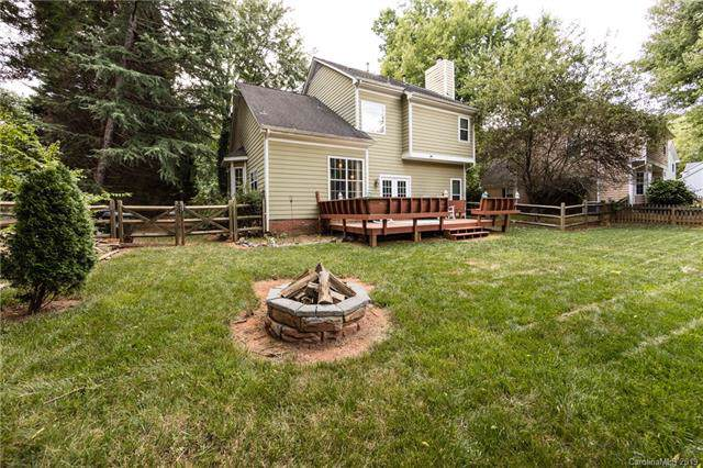 12327 Sparkling Way, Huntersville, NC 28078 (#3525669) :: MartinGroup Properties