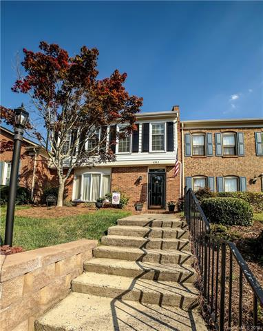 4343 Woodglen Lane, Charlotte, NC 28226 (#3331459) :: High Performance Real Estate Advisors