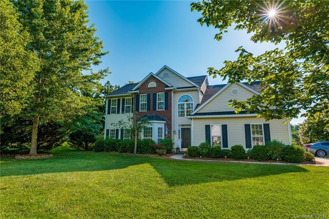 1400 Crestgate Drive, Waxhaw, NC 28173 (#3374513) :: Odell Realty Group