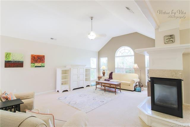 11011 Mccamie Hill Place, Concord, NC 28025 (#3408562) :: Exit Mountain Realty