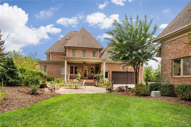 20619 Queensdale Drive, Cornelius, NC 28031 (#3410045) :: Exit Mountain Realty