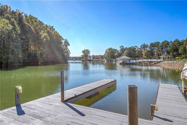 4233 Pointe Norman Drive, Sherrills Ford, NC 28673 (#3533492) :: LePage Johnson Realty Group, LLC