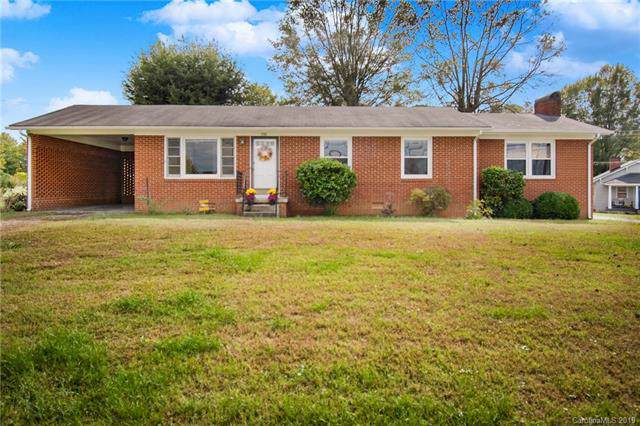 733 7th Street SW, Taylorsville, NC 28681 (#3562537) :: Keller Williams Biltmore Village