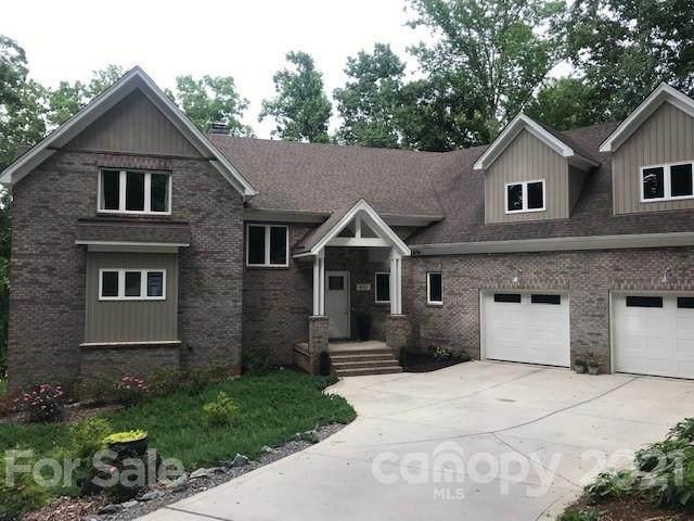 4057 River Oaks Road, Lake Wylie, SC 29710 (#3686580) :: Carmen Miller Group