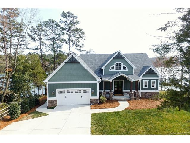 791 Beachwood Cove Drive, Tega Cay, SC 29708 (#3252366) :: Miller Realty Group
