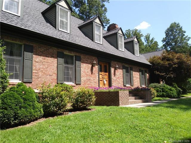 102 Finley Street #10, Hendersonville, NC 28739 (#3350637) :: Homes Charlotte