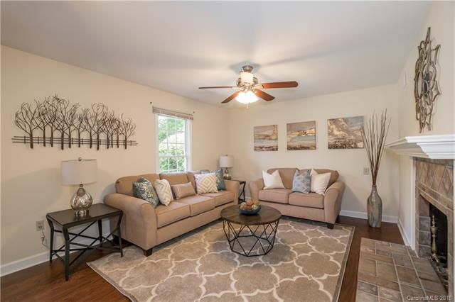 2025 Bardstown Road, Charlotte, NC 28226 (#3350693) :: Stephen Cooley Real Estate Group