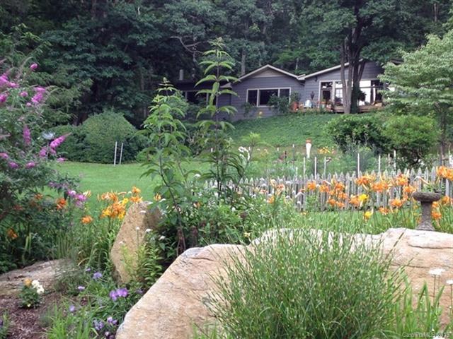 9 Heartsong Lane, Fairview, NC 28730 (#3421961) :: Puffer Properties