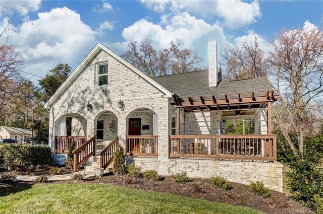 3720 Tuckaseegee Road, Charlotte, NC 28208 (#3371082) :: LePage Johnson Realty Group, LLC