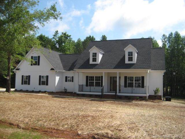 2561 Moon Creek Lane, Clover, SC 29710 (#3596725) :: Carver Pressley, REALTORS®