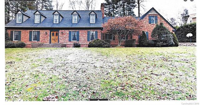 102 Finley Street, Hendersonville, NC 28739 (#3350637) :: Besecker Homes Team
