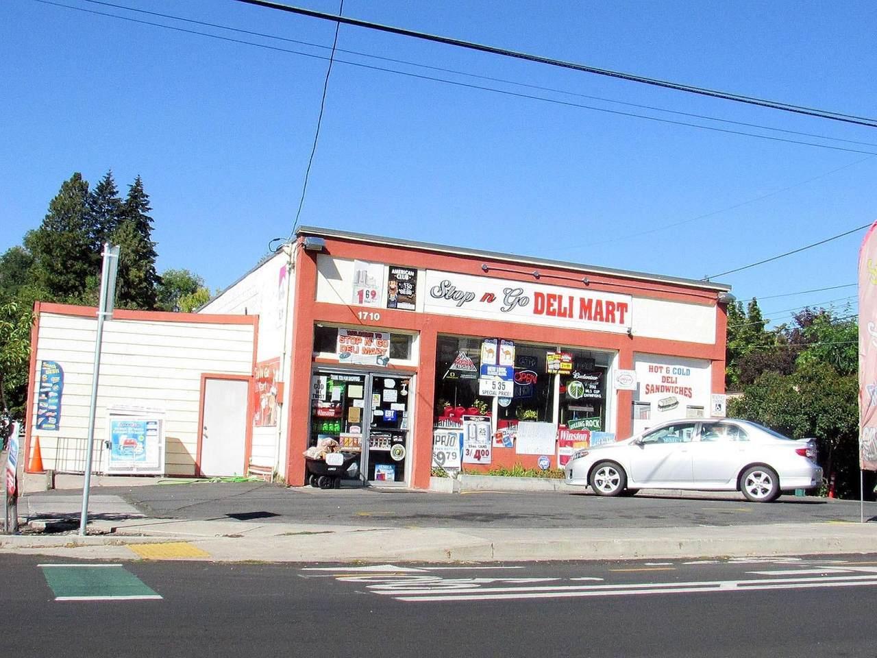1710 Oregon Avenue - Photo 1