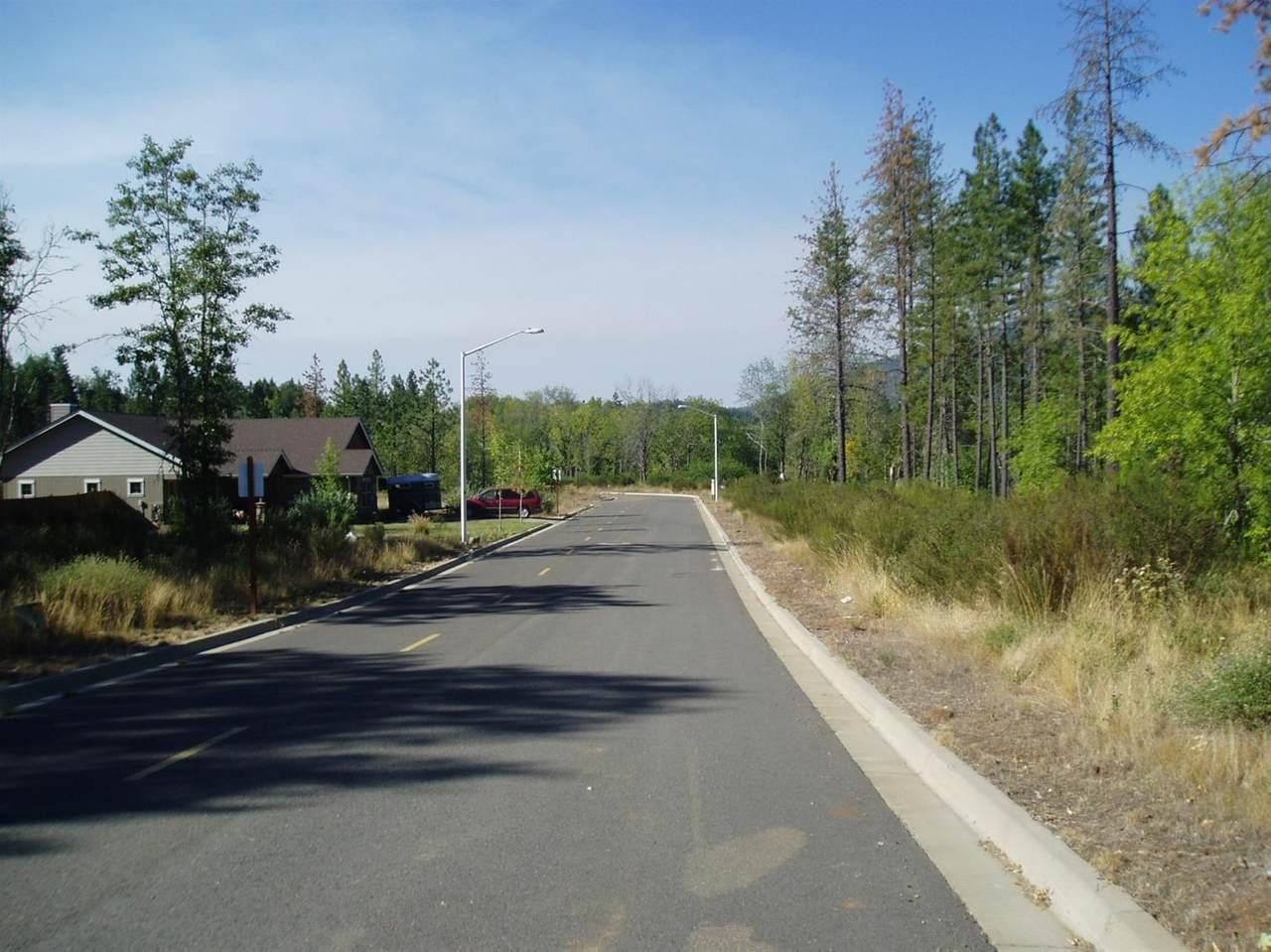 1380 Golf Club Drive - Photo 1