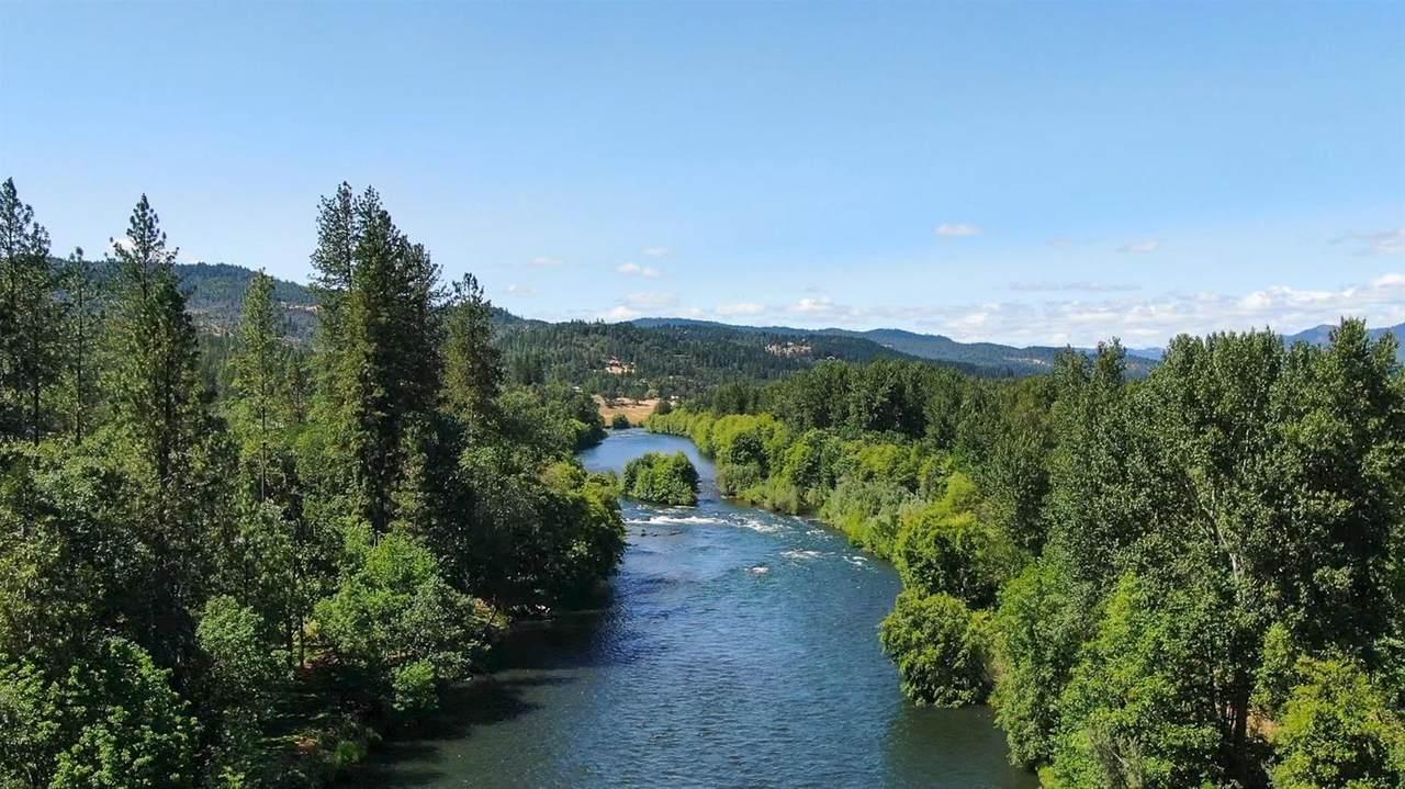 3344 Rogue River Drive - Photo 1