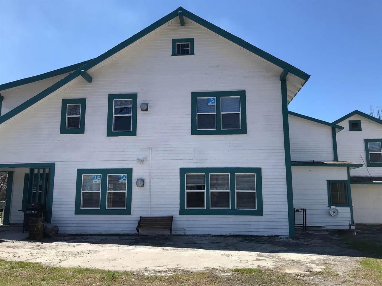 4043 Lakeport Boulevard - Photo 1