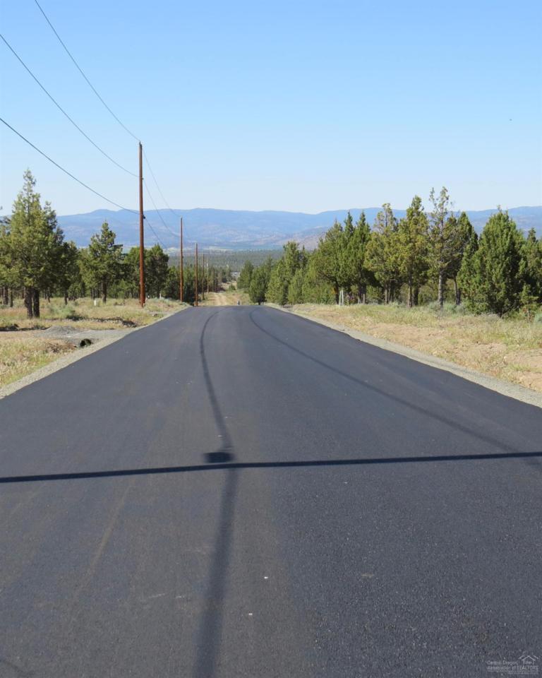 7311 SE Quail Canyon Road, Prineville, OR 97754 (MLS #201511113) :: Birtola Garmyn High Desert Realty