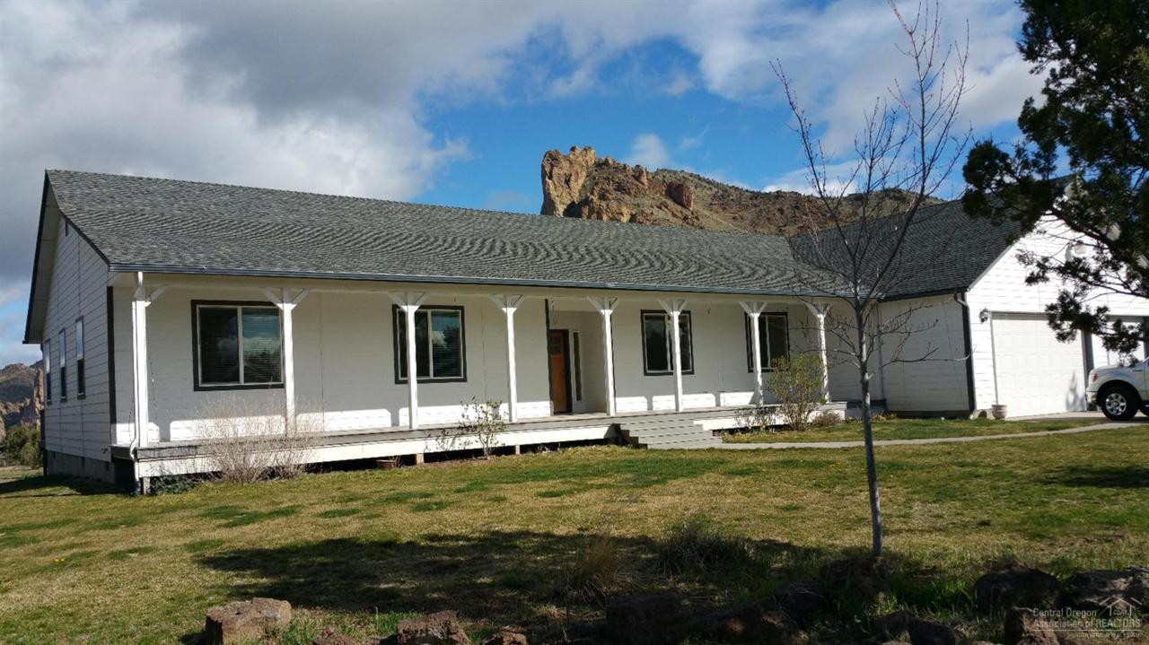 9225 NE Smith Rock Loop, Terrebonne, OR 97760 (MLS #201602947) :: Birtola Garmyn High Desert Realty