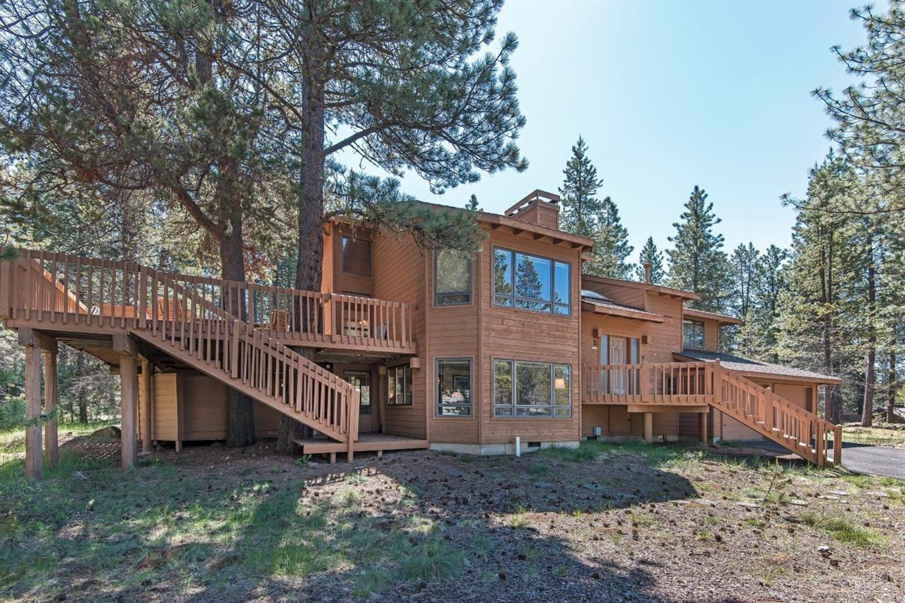 5 Blue Grouse Lane, Sunriver, OR 97707 (MLS #201604964) :: Birtola Garmyn High Desert Realty