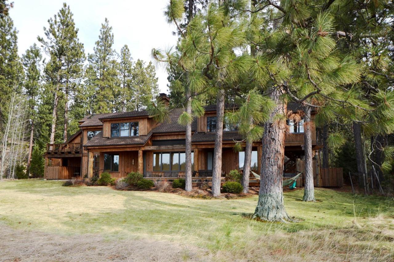 14016 Hawksbeard, Black Butte Ranch, OR 97759 (MLS #201605744) :: Birtola Garmyn High Desert Realty