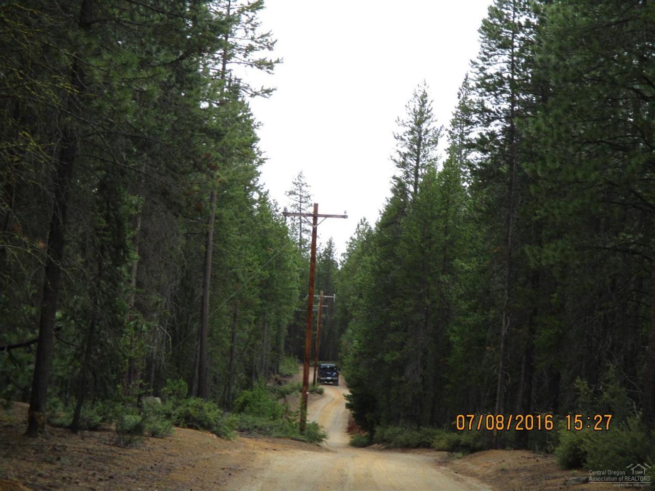 400 Schoonover I Road, Crescent, OR 97733 (MLS #201607083) :: Birtola Garmyn High Desert Realty