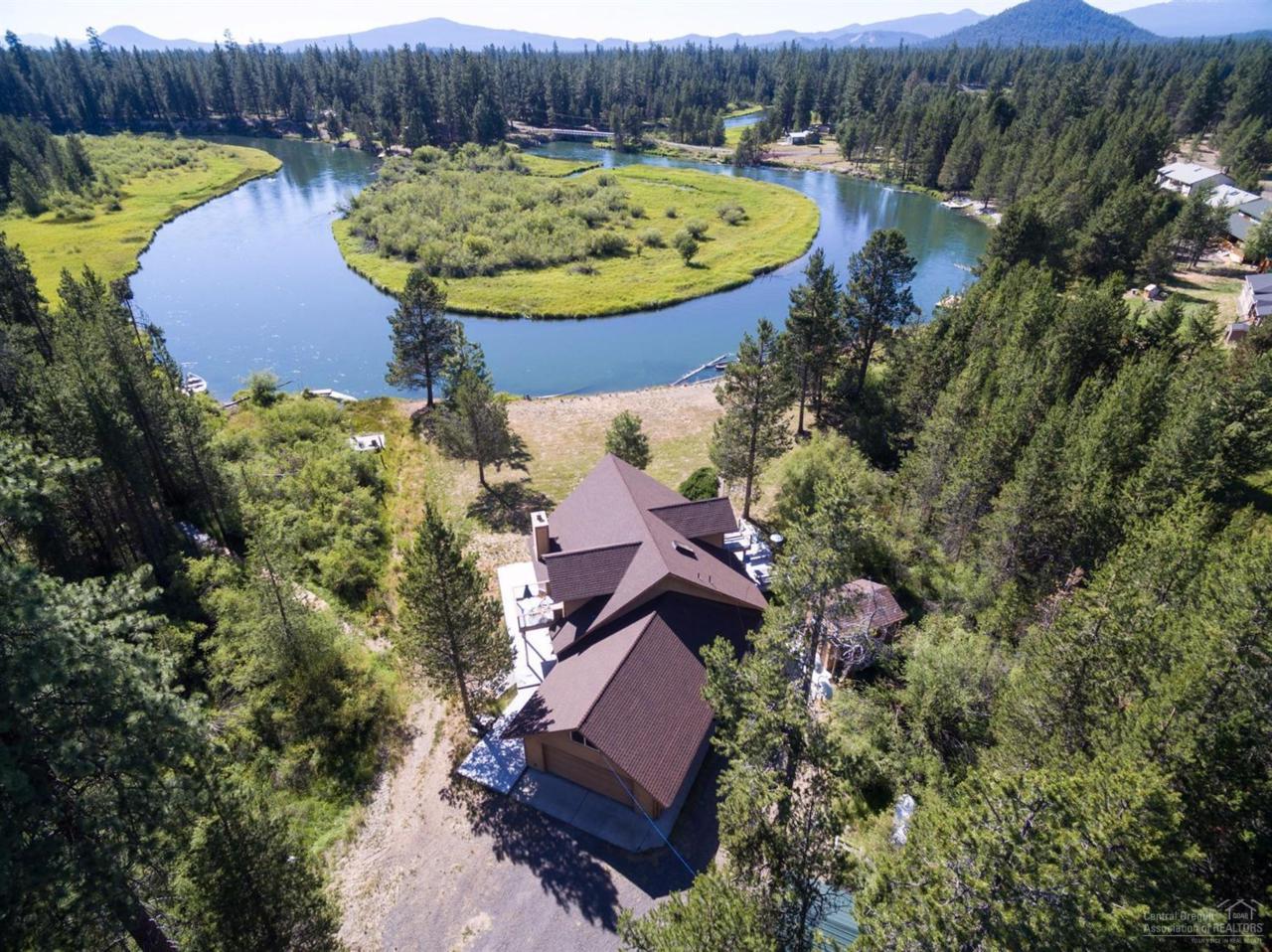 16319 Bear Lane, Bend, OR 97707 (MLS #201607267) :: Birtola Garmyn High Desert Realty