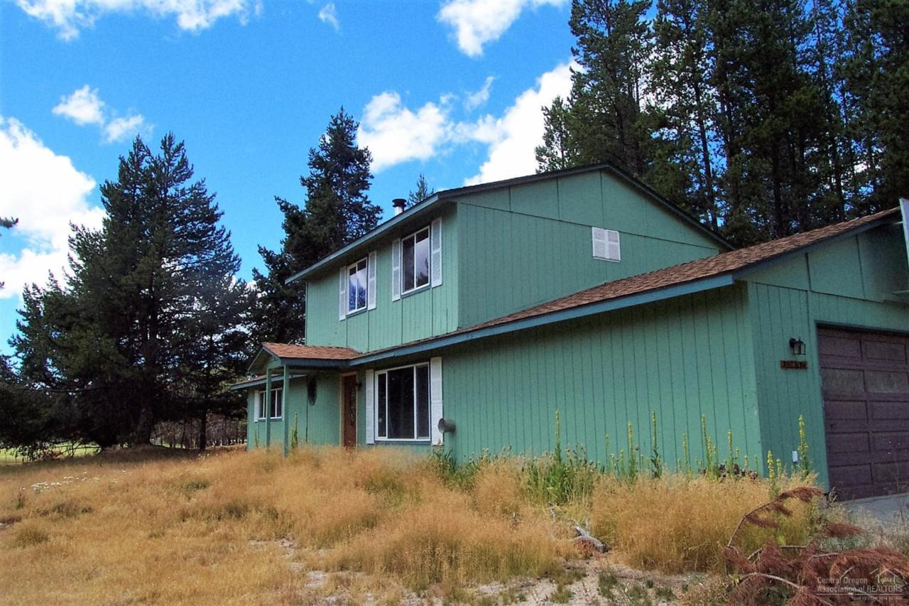 136510 River Rd, Crescent, OR 97733 (MLS #201607514) :: Birtola Garmyn High Desert Realty