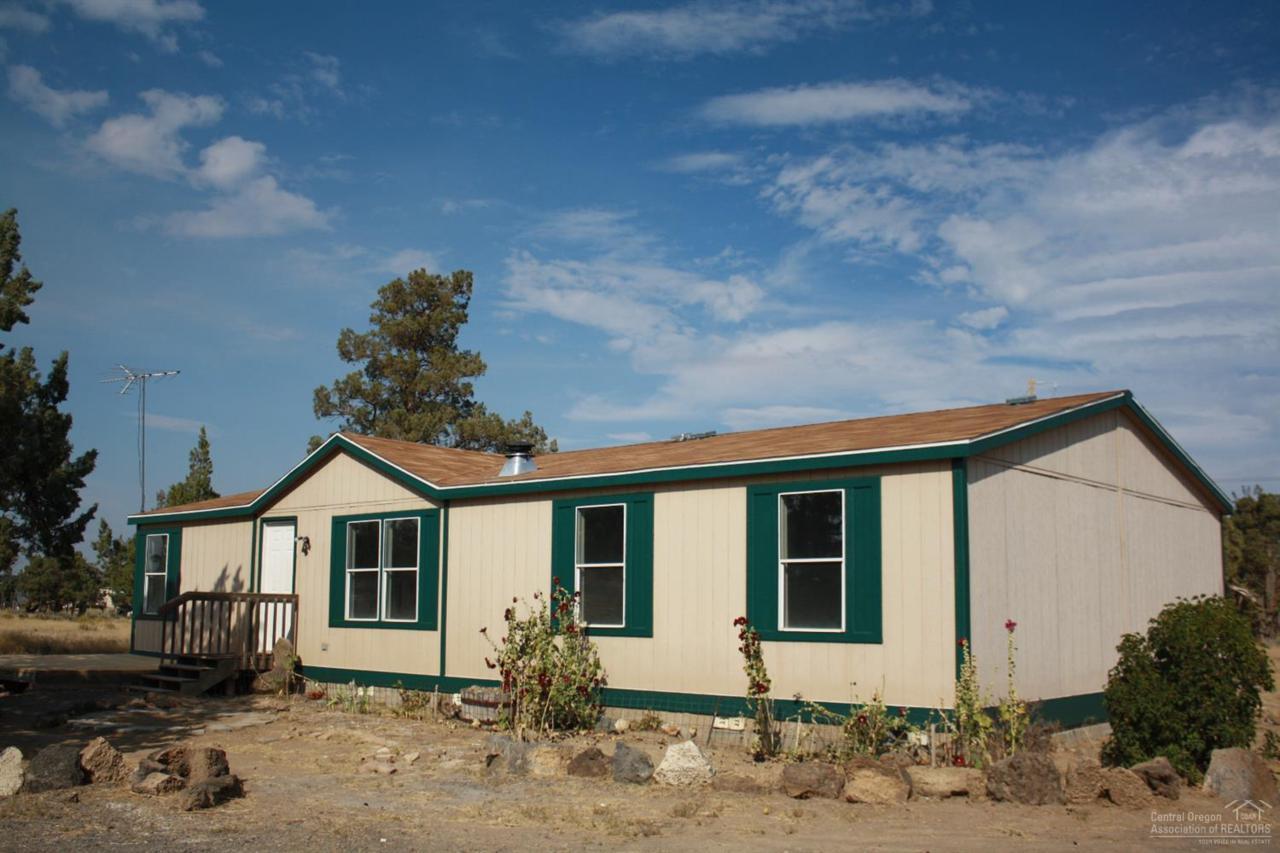 24860 Bachelor Lane, Bend, OR 97701 (MLS #201608894) :: Birtola Garmyn High Desert Realty