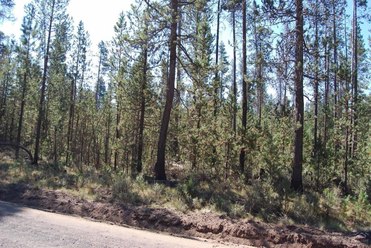 0 Winchester Drive, Bend, OR 97707 (MLS #201608929) :: Birtola Garmyn High Desert Realty