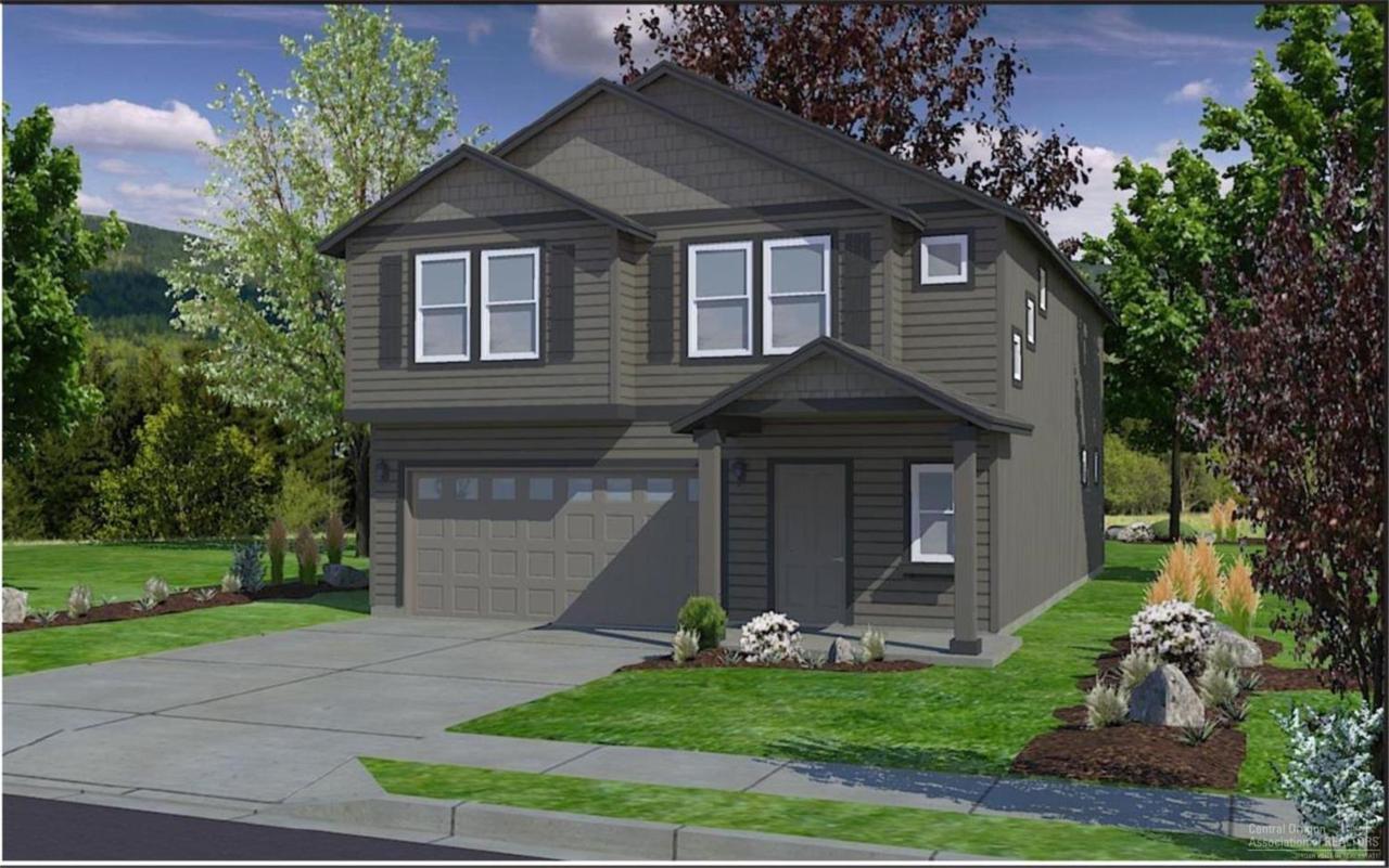 63024 Woodbridge Place, Bend, OR 97701 (MLS #201609300) :: Birtola Garmyn High Desert Realty