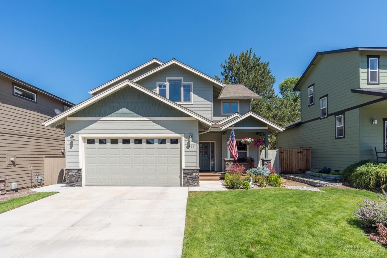 61422 Sunbrook Drive, Bend, OR 97702 (MLS #201707163) :: Stellar Realty Northwest