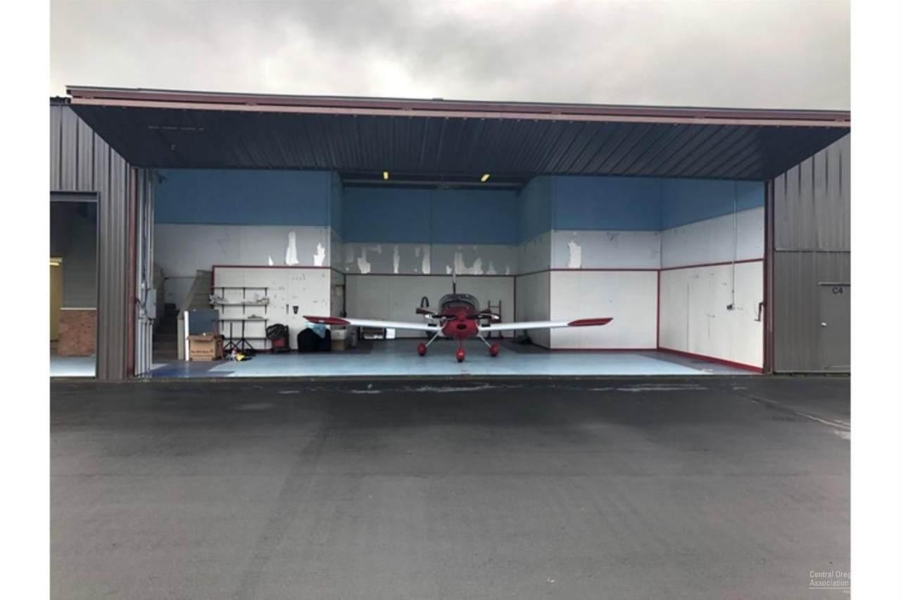 0 Camp Abbot Hangar - Photo 1