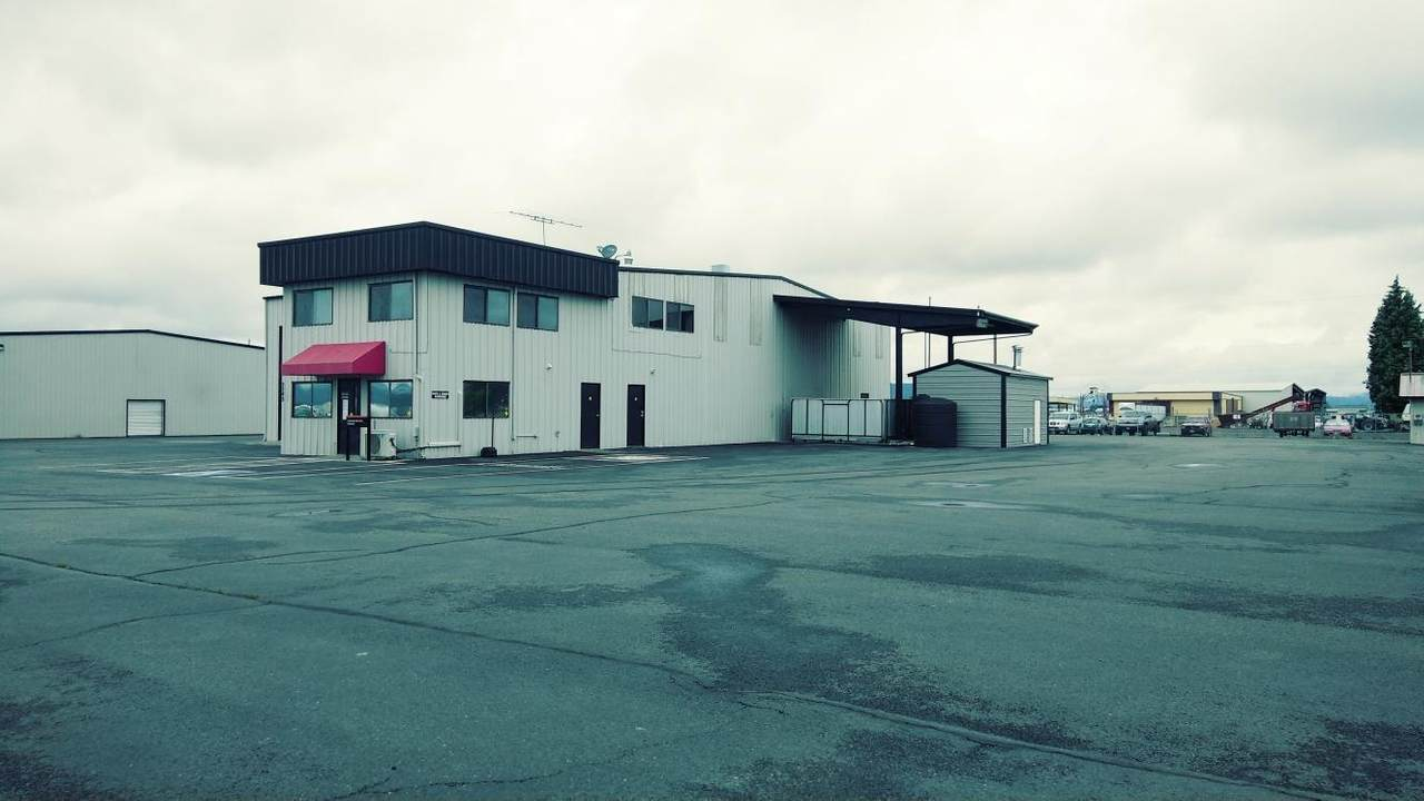 5742 Crater Lake Avenue - Photo 1