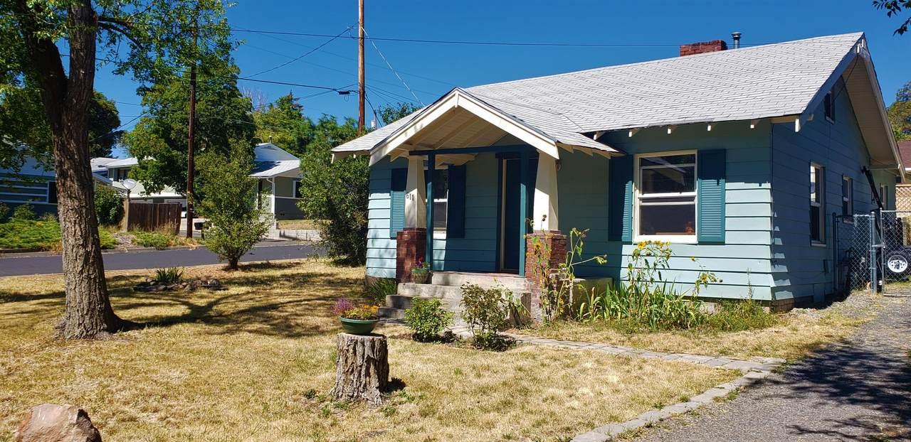 611 Delta Street - Photo 1
