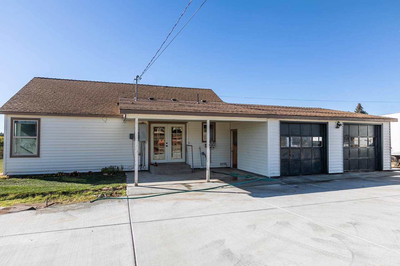 600-SE Grizzly Road - Photo 1