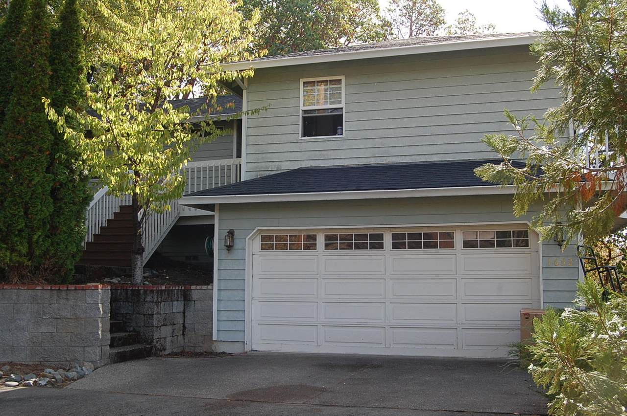 1652 Terrace Drive Drive - Photo 1