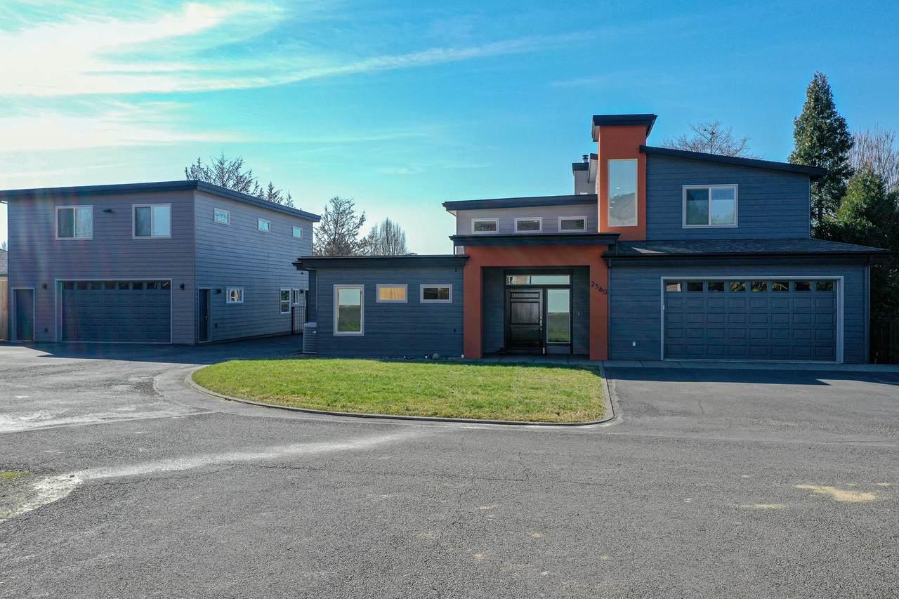 2560 Cedar Links Drive - Photo 1