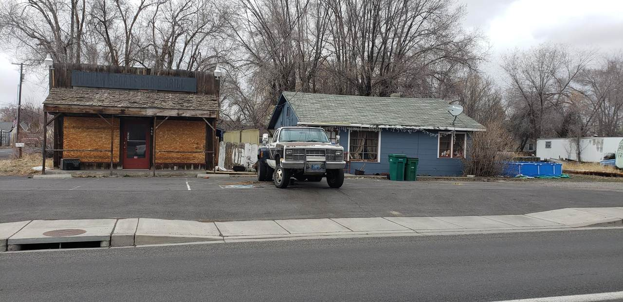 2660 Altamont Drive - Photo 1