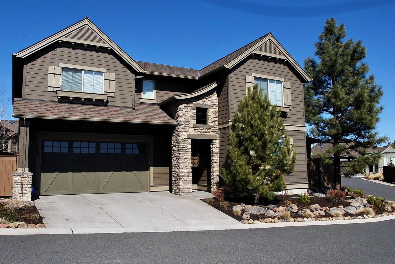 2608 Boulder Ridge Loop - Photo 1