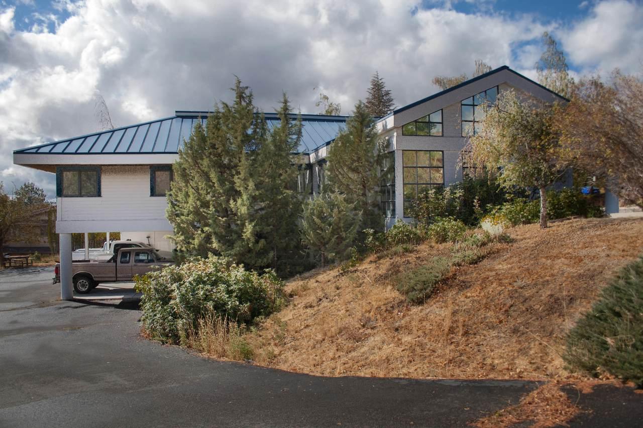 2310 Mountain View Boulevard - Photo 1
