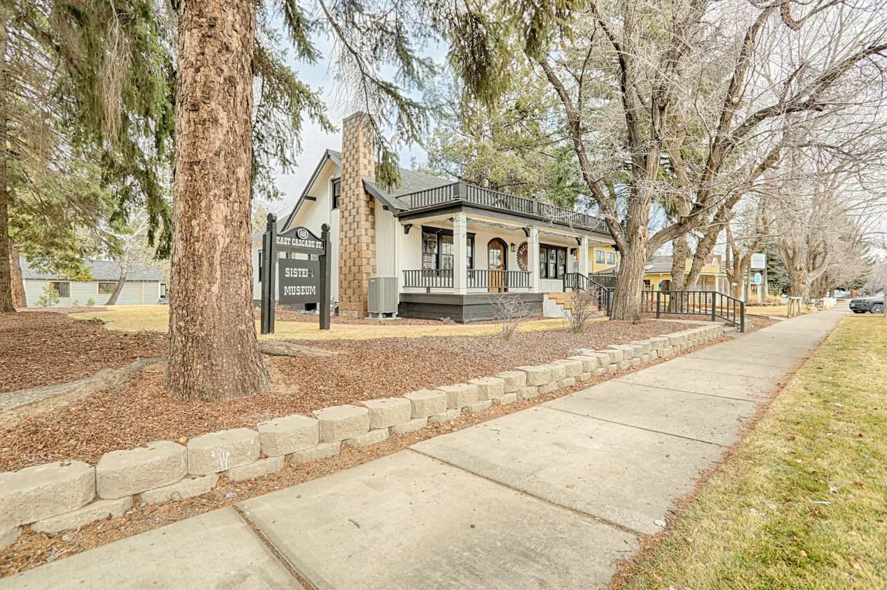 410 Cascade Avenue - Photo 1