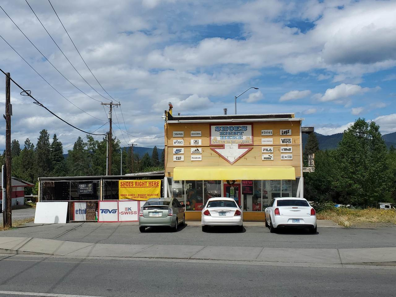 600 Rogue River Highway - Photo 1