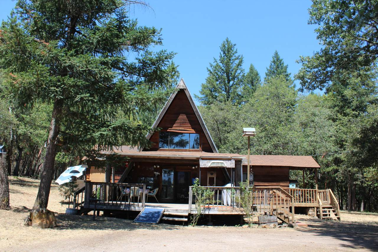 6925 Butte Falls Highway - Photo 1