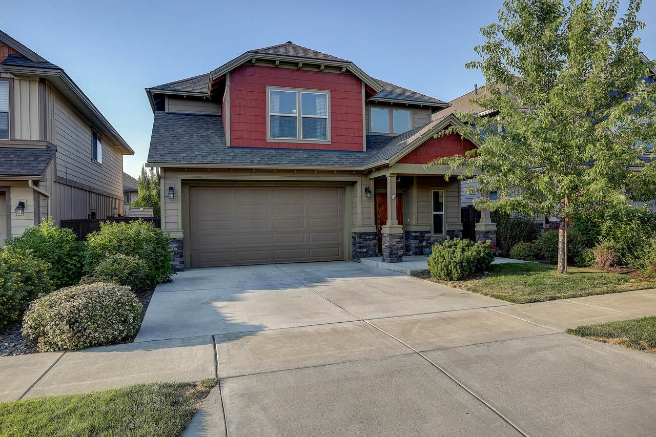 21392 Evelyn Place - Photo 1