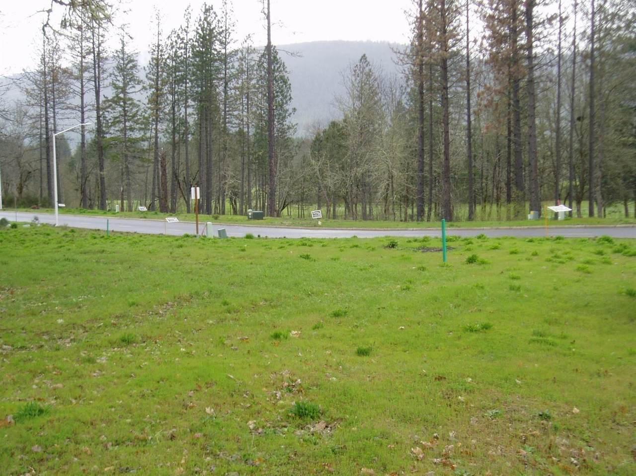 1491 Golf Club Drive - Photo 1