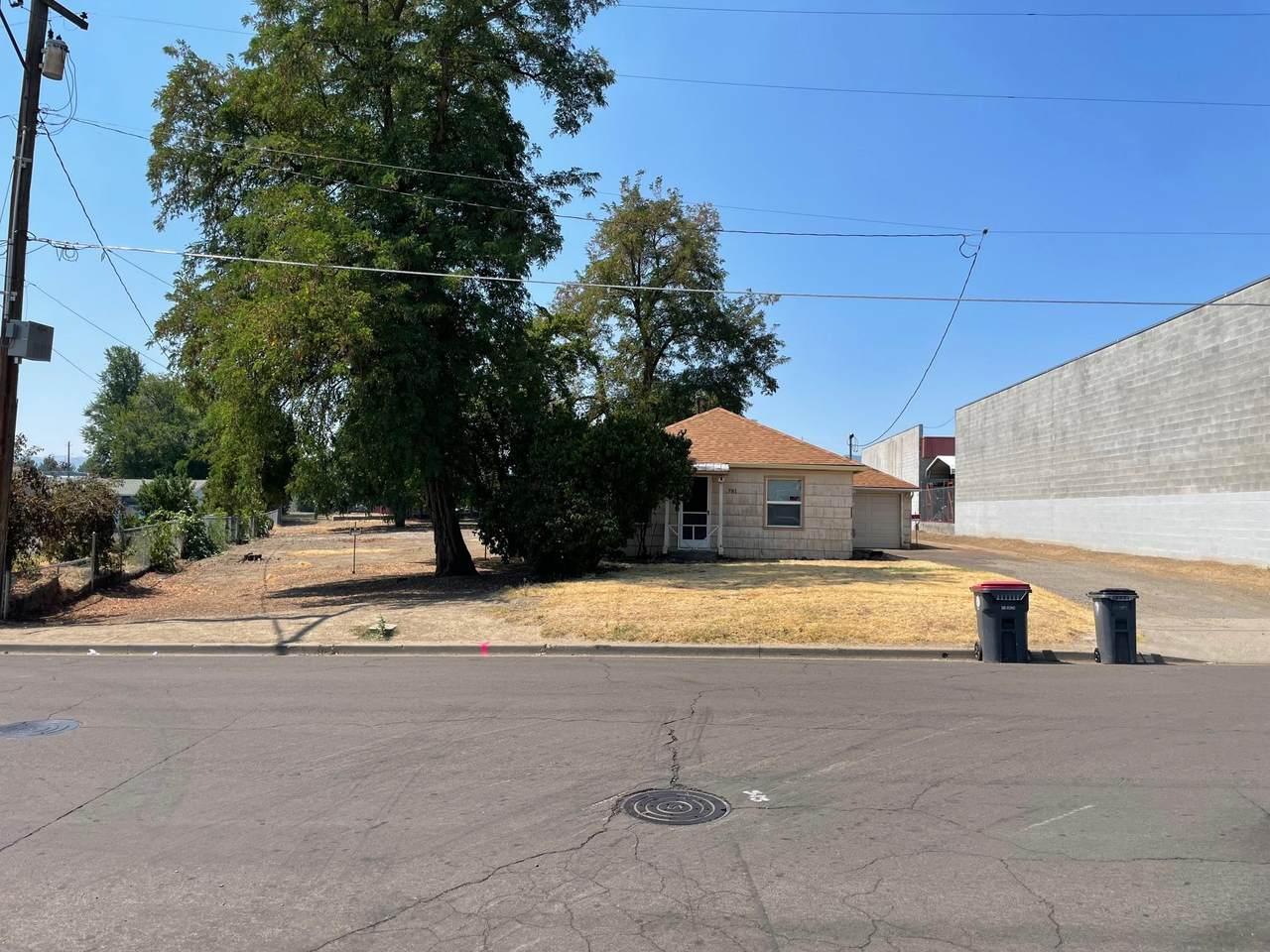 781 Beatty Street - Photo 1