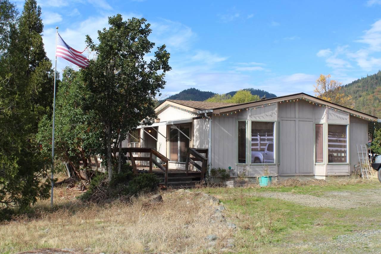 550 Jones Creek Road - Photo 1
