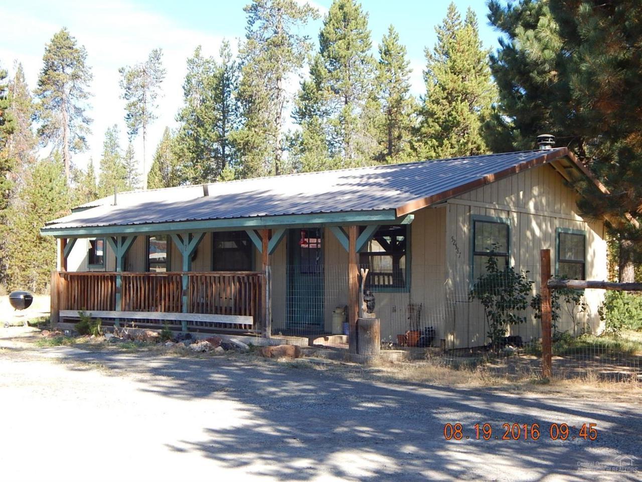 52587 Doe Lane, La Pine, OR 97739 (MLS #201602966) :: Birtola Garmyn High Desert Realty