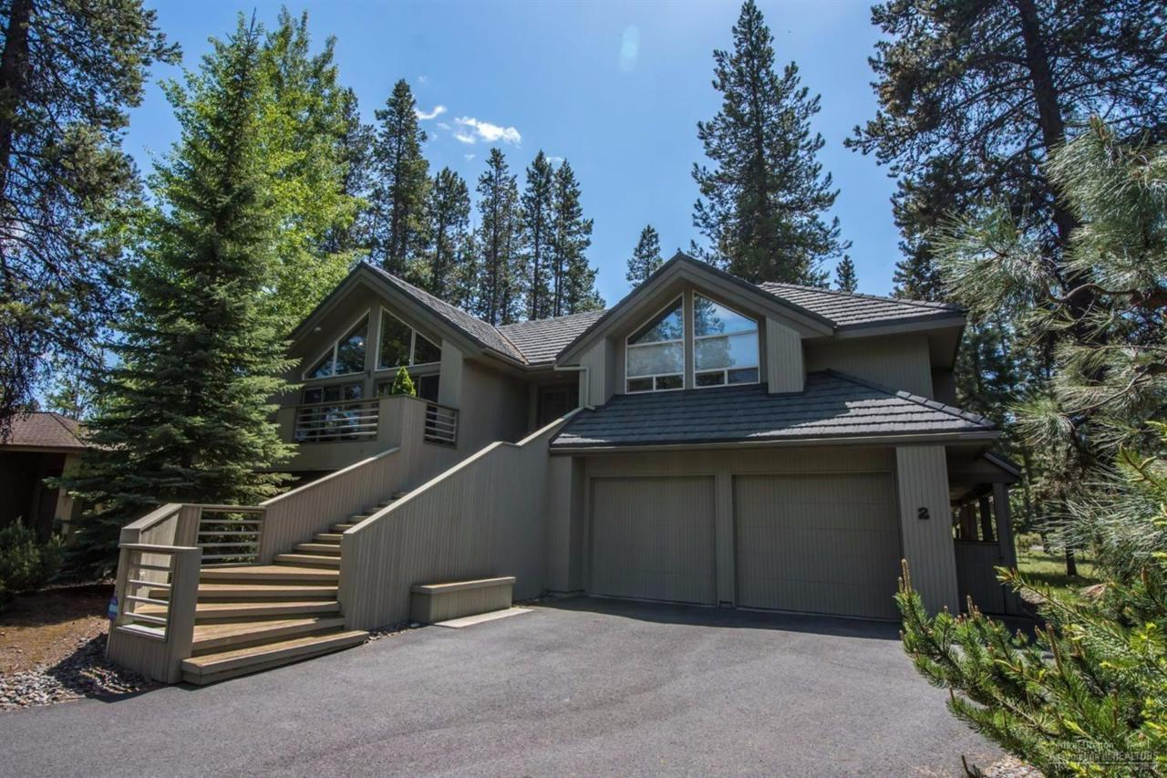 2 Hickory Lane, Sunriver, OR 97707 (MLS #201605072) :: Birtola Garmyn High Desert Realty